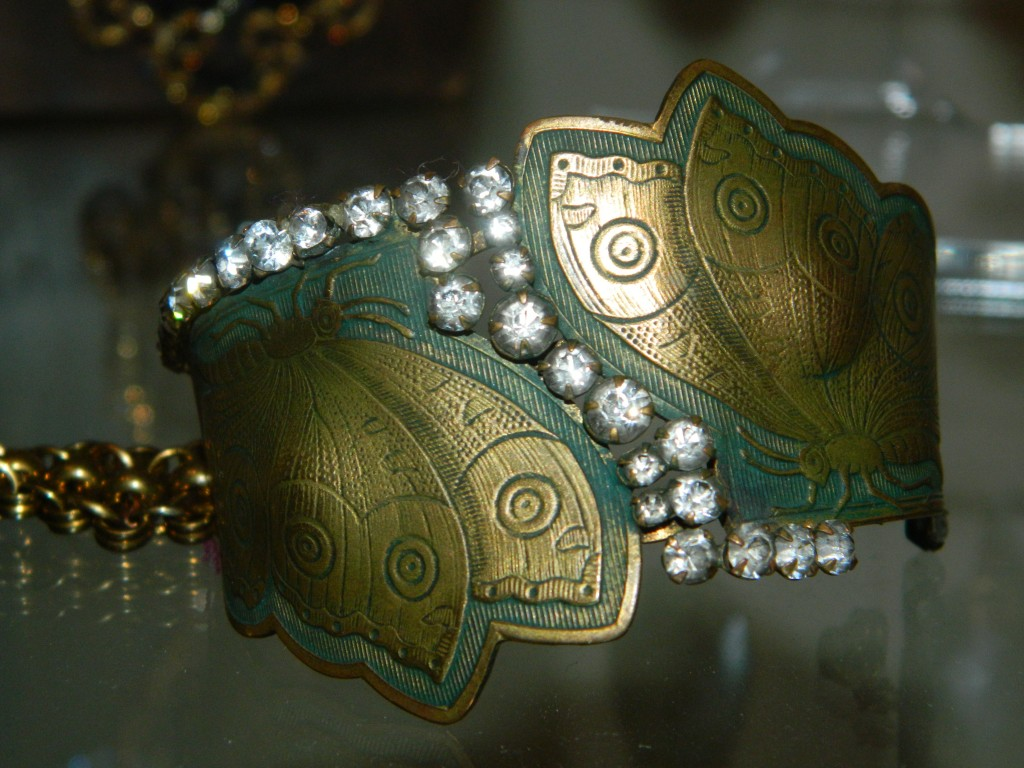 ButterflyBangle